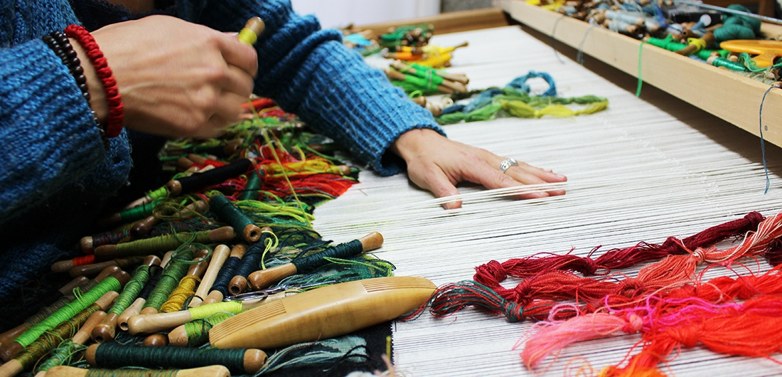 Nouvelles verdures d'Aubusson, Goliath Dyèvre & Quentin Vaulot, weaving in progress of the fifth tapestry at the workshop 'Atelier de la Lune'