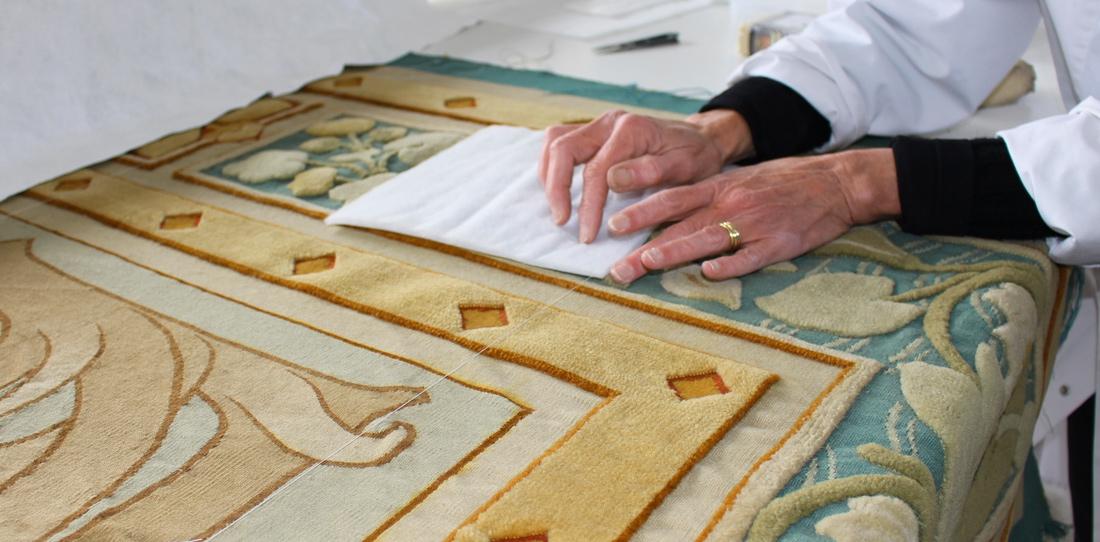Restauration de la tapisserie