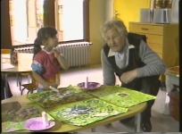 L'école maternelle C. Riffaterre de Bourganeuf rencontre l'artiste André Borderie. 4 mai 1984, 35 min.